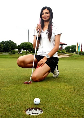 Sharmila Nicollet hot golf chick